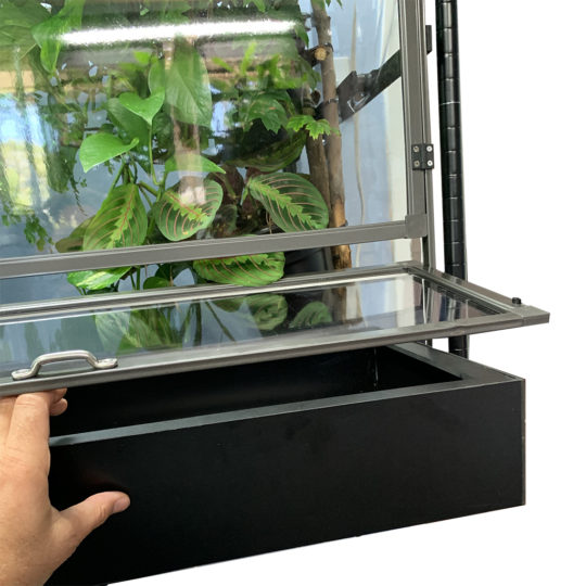 chameleon cage substrate tray